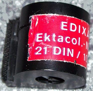 800px-Edixa16_film