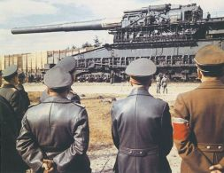 Hitler and Speer watching the Schwerer Gustav 1941