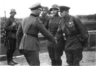 German befriends russians, 1939, after invading Poland