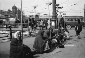 femei-la-curatenie-cu-ziua-galerie-foto-poze-imagini-portal-romania-mare-interbelica-judete-teritoriu-geografie-istorie-populatie-societate-economie-cultura-religie-administrati
