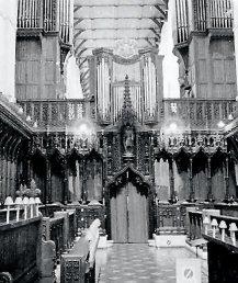 altarpews