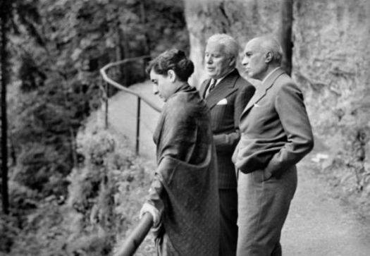 Chaplin, Indira Gandhi, Nehru